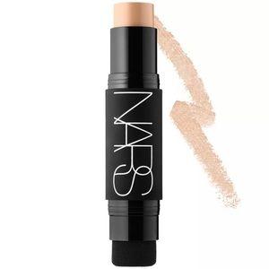 NARS Velvet Matte Foundation Stick Fiji Light 5
